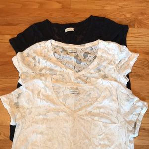 THREE Abercrombie patterned t-shirts